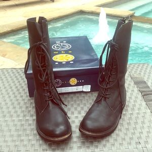 Urban Outfitters Light Combat boot. NEW We Who See